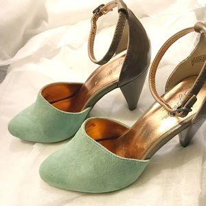 Seychelles Taupe and Mint ankle strap Heels